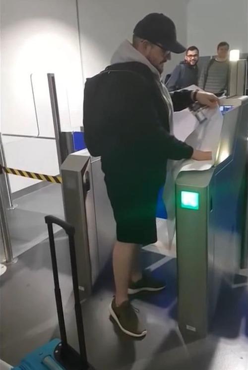 友人が搭乗券を印刷してくれた04