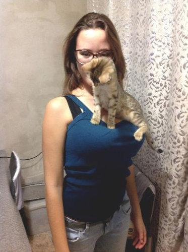 猫とお姉さん04
