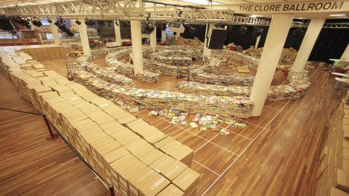 25万冊の本で迷路08