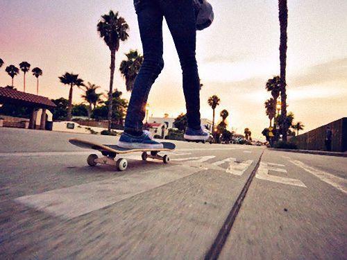 スケートボード用の駐輪場00