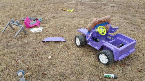 バービーの車を男の子向けの車にリサイクル03