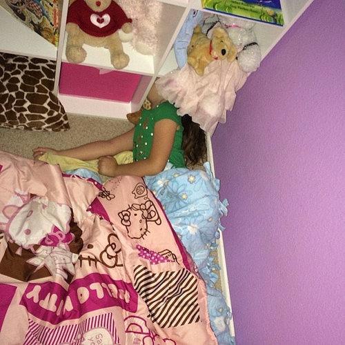 子供たちはどこでも寝る04