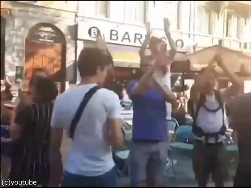 クロアチアの家族が今ベルギーの街を歩くと…05