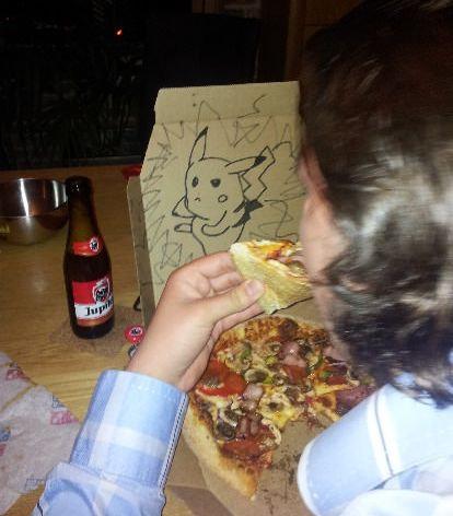 ピザのデリバリーの絵02
