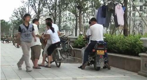 中国版パリがゴーストタウン化07