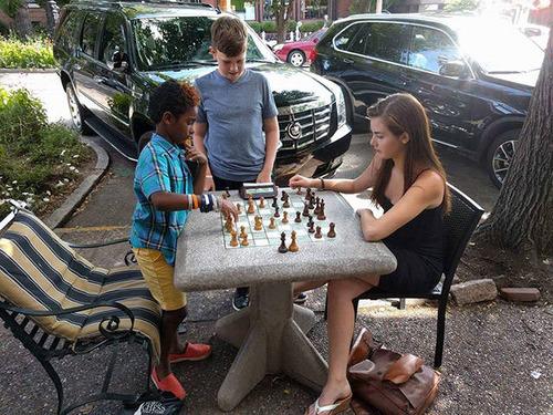 カナダの美人チェスチャンピオン11