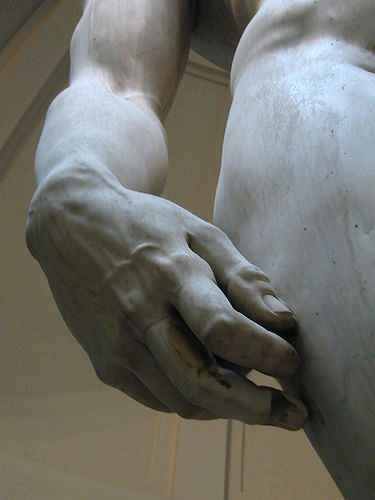 ダヴィデ像の手01