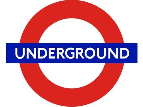 ロンドン地下鉄の警告