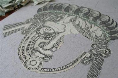 お金が掛かるアート02