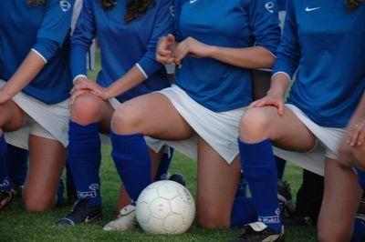ミニスカート採用で人気沸騰…オランダの女子サッカー03