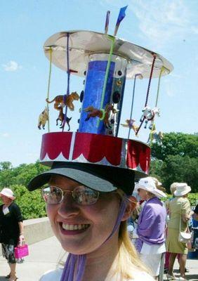 変な帽子13