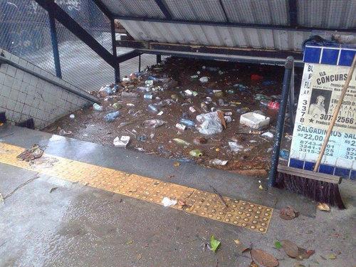 大雨のリオ・デジャネイロ01