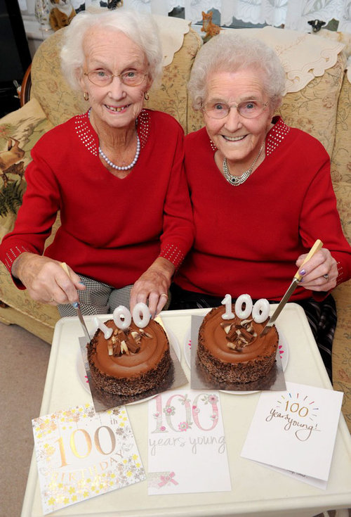 100歳の姉妹…長生きの秘訣06