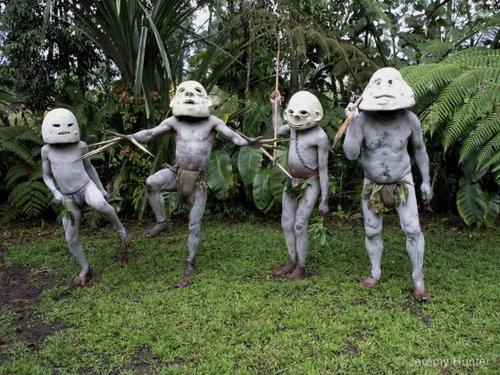 パプアニューギニアの部族03