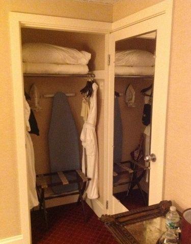 風呂とクローゼットがドアを兼用02