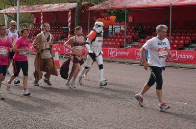 ロンドンマラソン・コスプレ18