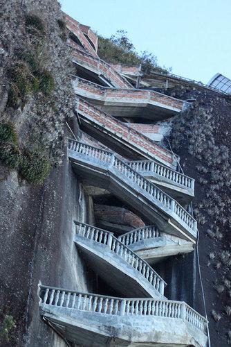 巨岩「ラ・ピエドラ・デル・ペニョール」06