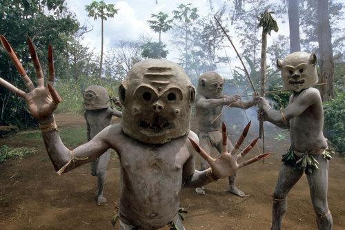 パプアニューギニアの部族02