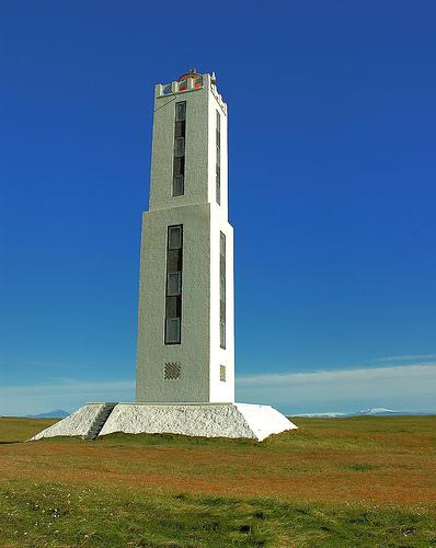 世界の灯台-ナラロス(knarraros)灯台(アイスランド)