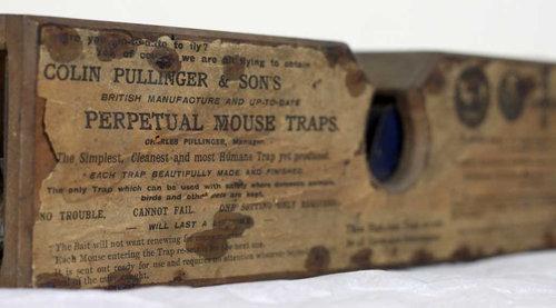 博物館の150年前のネズミ捕り02