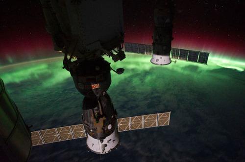ISSから見た夜景02