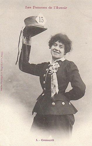 100年前に想像した未来の女性像01