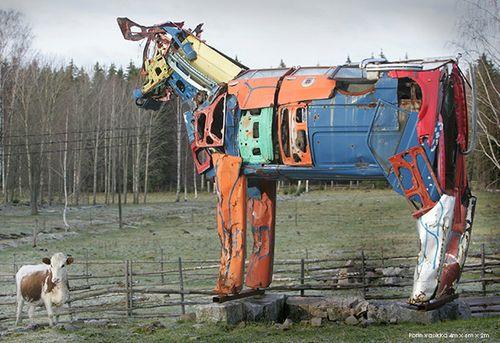 車の牛02