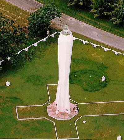 世界の灯台-マダン灯台(パプアニューギニア)