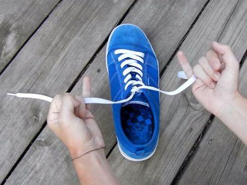 靴ひもの高速結び02