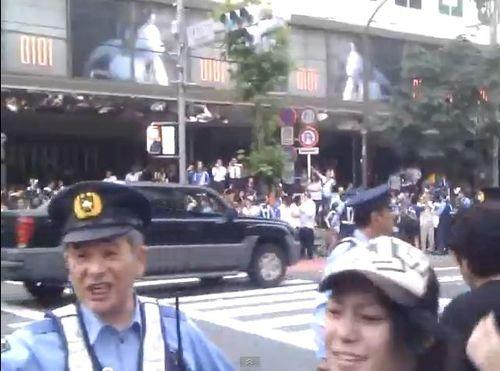 日本のフーリガンは礼儀正しい03