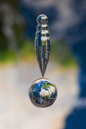 水滴の中に地球09