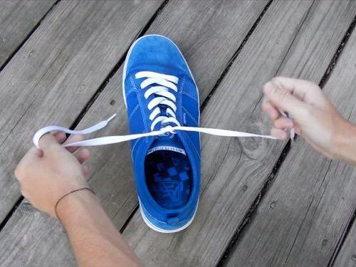 靴ひもの高速結び01