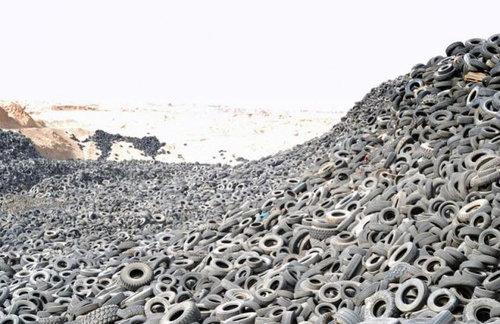 クウェートのタイヤ廃棄04