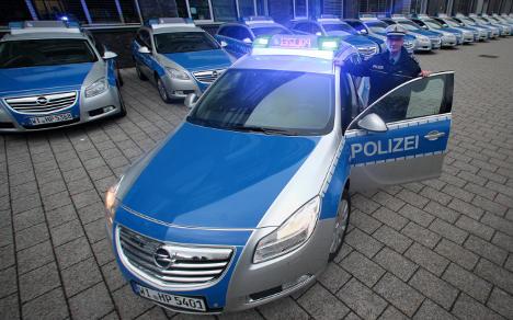 ドイツの新パトカー「インシグニア」01