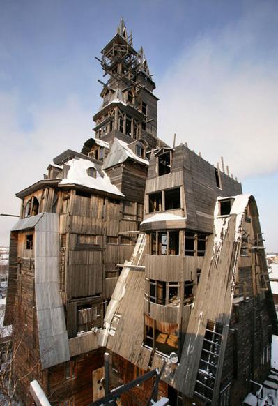 クレイジーな5人の鬼才・天才建築家による建造物05