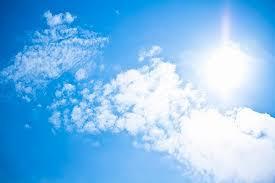 光をあてるだけで水を完全に分解して水素を作り出すことができる特殊な触媒を開発! 光をあてるだけで水を完全に分解