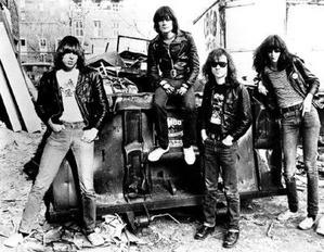 Ramones-Extra-Place-400x311