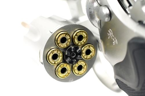 ショットシェルのように複数の弾が入る構造