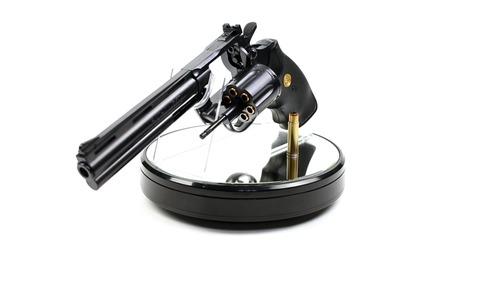 東京マルイ コルトパイソン 357マグナム 6インチ ブラックモデル