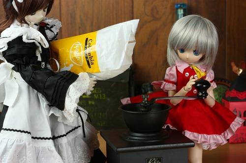 豆挽きドールズ