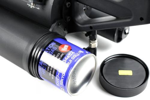 ガス缶を1本丸ごと本体に挿入