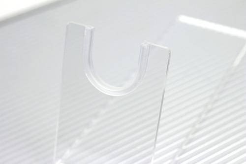 Uの字になっている箇所にはめ込む