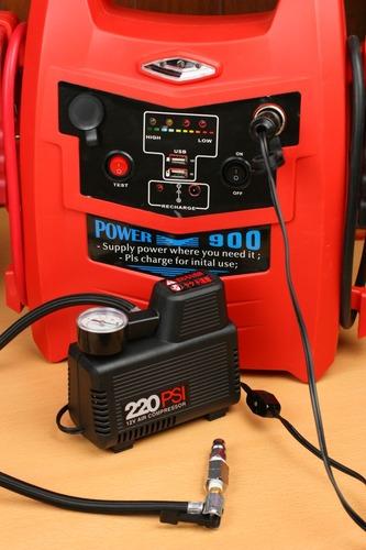 ジャンプスターターを電源としてコンプレッサーを動かす