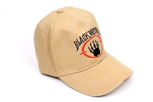 ブラックウォーターのロゴ入キャップ