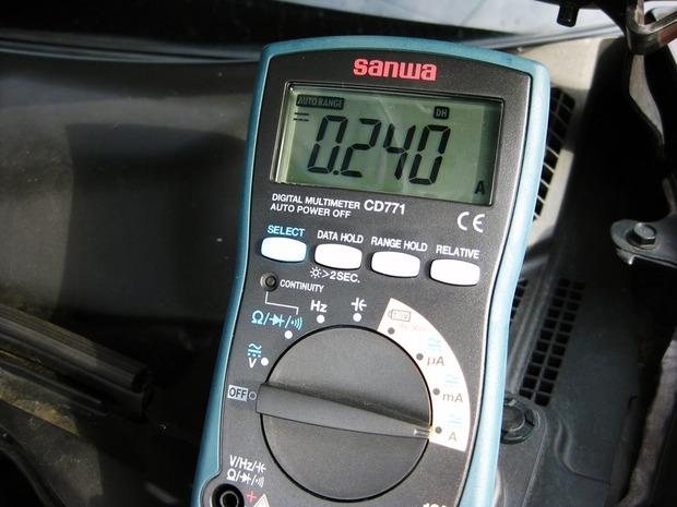 暗電流は最大で240mA