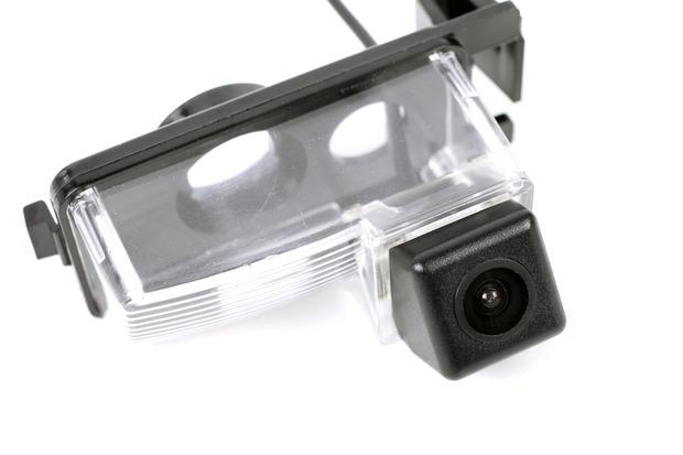 ポン付けバックカメラ3