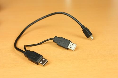 USB Y字ケーブル