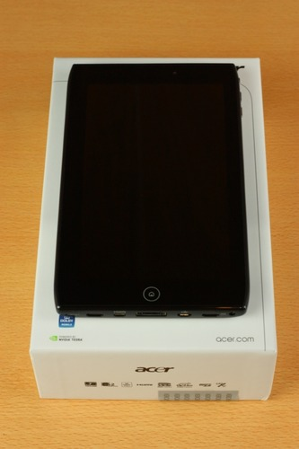 Acer ICONIA TAB A100 前面から