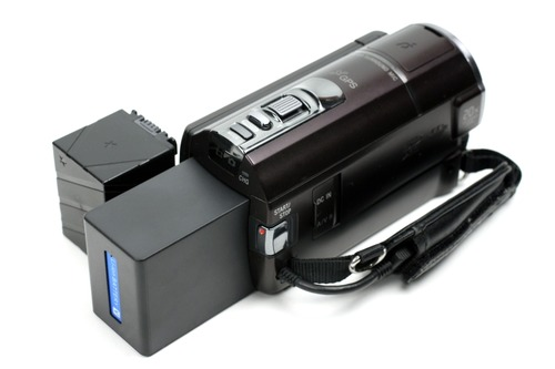 NP-FV70互換バッテリーを横に