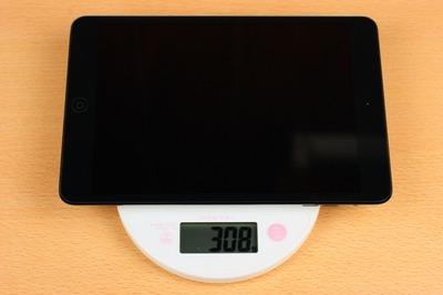 重量は実測308g